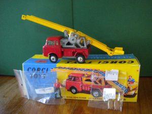 Corgi 64 FC150 Jeep conveyor truck